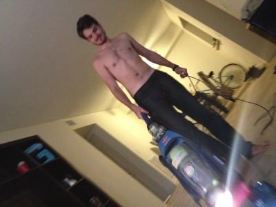 and he looks good doing it too...mmm mmm mmm